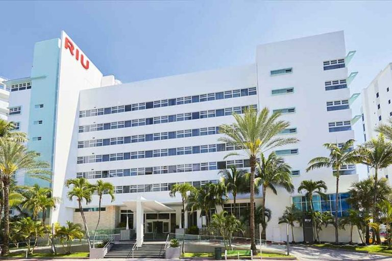 hotel-riu-plaza-miami-beach